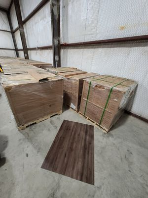 Luxury vinyl flooring!!! Only .67 cents a sq ft!! Liquidation close out! R O for Sale in Los Angeles, CA