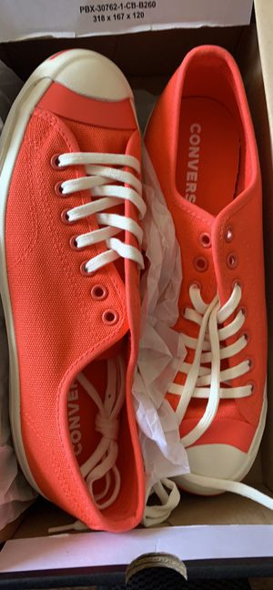 Brand new converse men's size 9. Women's 10.5 for Sale in Los Angeles, CA