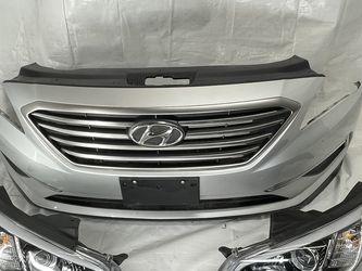 Bumper Cover 15 Hyundai Sonata Headlights for Sale in Woodburn,  OR