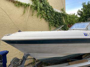 2000 Bayliner Capri boat for Sale in Miramar, FL