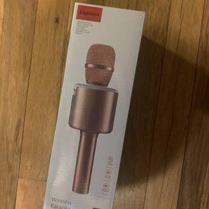 Wireless karaoke microphone new for Sale in Beacon Falls, CT