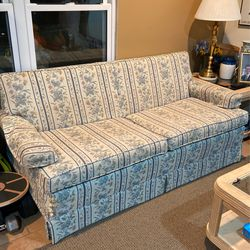 Sleeper Sofa for Sale in Saint Charles,  MO