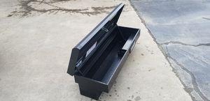 Husky tool box for Sale in Spartanburg, SC