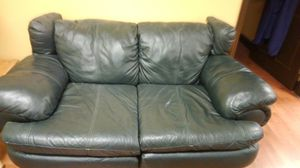 Couch, loveseat, 2 lamps and two end tables for Sale in Talladega Springs, AL
