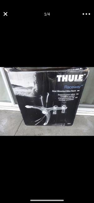 Thule Raceway 9001 2 bike trunk mount rack - NEW IN BOX - for Sale in Beaverton, OR