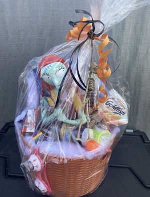 Sally Spooky Halloween Basket for Sale in Baldwin Park, CA
