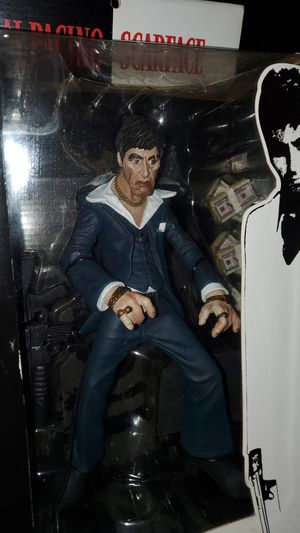 Scarface 2004 collectible in box never opened 10 inch for Sale in Miami, FL
