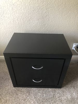 Set of wood nightstands in great condition for Sale in El Centro, CA