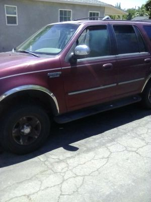 FORD EXPEDITION for Sale in Fresno, CA