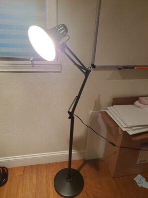 360 Degrees Floor/reading Lamp for Sale in Blackwood, NJ