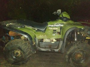 Polaris sportsman 400cc 4x4 does not run and I don't know why maybe fix are use for parts 350 cash for Sale in Highlands, TX