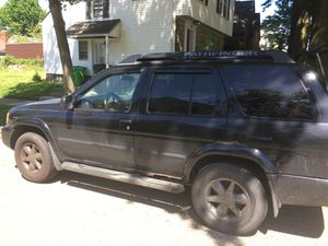 2004 Nissan Pathfinder and 2003 Chevy S10 FOR PARTS for Sale in Cleveland, OH