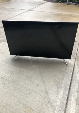 Tv 50 inch PARTS ONLY BROKEN SCREEN for Sale in Vancouver, WA