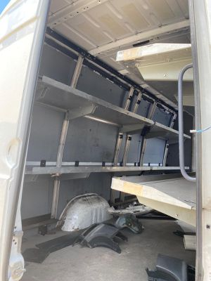 Partes Shelfs for Mercedes sprinter dodge 2500 freightliner 2008-2019 engine transmission door front hood fender parts parting out for Sale in Miami, FL
