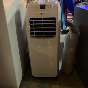 *LG Portable Ac UNIT * for Sale in Clermont, FL