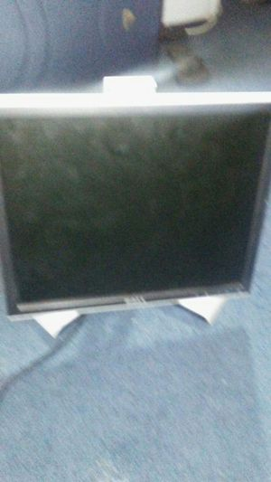Dell computer monitor. for Sale in Brooklyn, NY