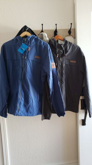 COLUMBIA JACKET SIZE LARGE for Sale in Oakland, CA