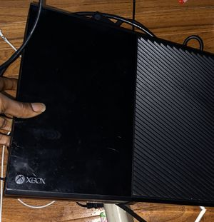 Xbox one 500 gb for Sale in Fort Washington, MD