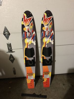 Learner water skis for kiddos for Sale in North Bend, WA