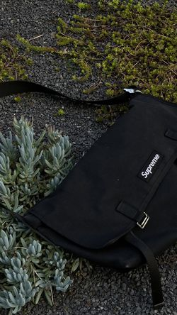 Supreme De Martini Messenger Bag for Sale in Alameda,  CA