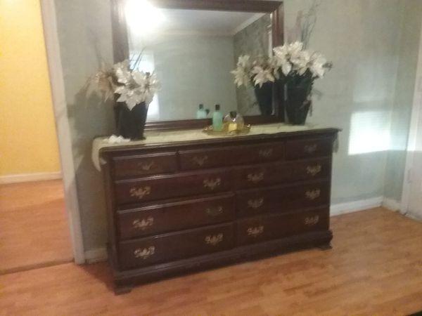 Classic Mahogany Dresser