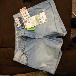 Girlfriend Midrise Shorts for Sale in Hutchinson, KS