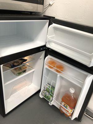 Mini fridge for Sale in Portland, OR