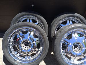 Big truck rims 23 inch unilug universal rims for Sale in Aurora, CO