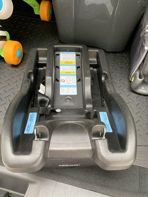 Graco car seat base for Sale in Kent, WA