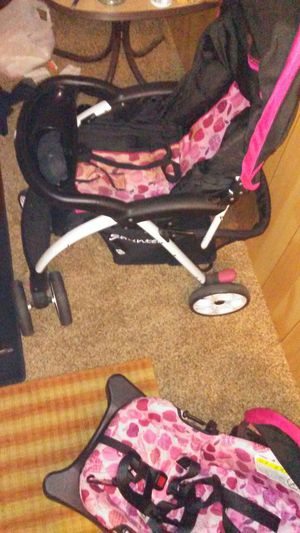 Stroller with matching carseat for Sale in TX, US