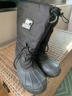 Men's snow/rain boots for Sale in Long Beach, CA