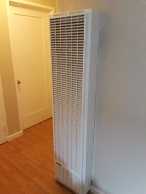 Wall and water heaters for Sale in Berkeley, CA