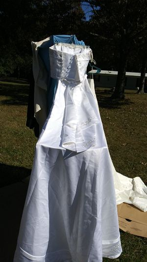 2 Piece One of a kind wedding dress for Sale in Liberty, SC