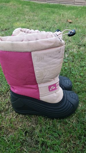 Snow boots size 13 kids for Sale in Bellflower, CA