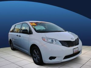 2016 Toyota Sienna for Sale in Hawthorne, CA