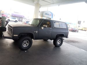 Chevy blazer for Sale in Los Angeles, CA