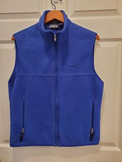 Patagonia Women's Vest Full Zip Size Medium for Sale in Bothell,  WA