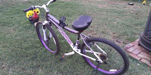Genesis Whirl Mountain Bike for Sale in Willows, CA