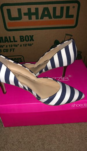 ShoeDazzle Kitten heel size 8.5 for Sale in Bedford Heights, OH