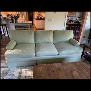 Sofa Free Deliver for Sale in Taunton, MA