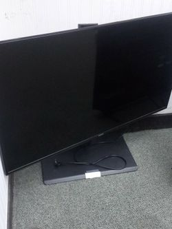 "Samsung 43"" Tv In Good Shape With Stand. for Sale in Gladstone,  OR"