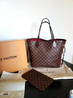 Louis Vuitton Neverful MM for Sale in Forest Heights, MD