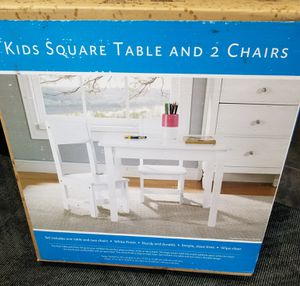 Kids table with 2 chairs for Sale in Lincoln Park, MI