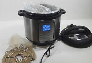 Instant Pot Duo Plus 80 for Sale in San Jacinto, CA