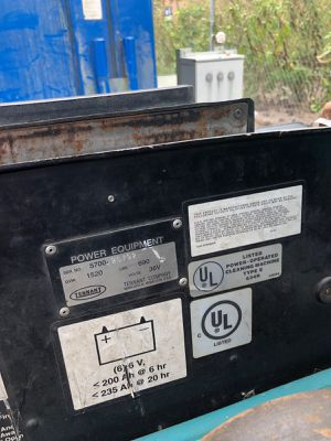 Floor scuber an forklift. for Sale in Stone Mountain, GA