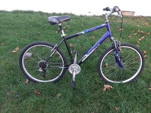Mountain bike for Sale in South Hempstead, NY