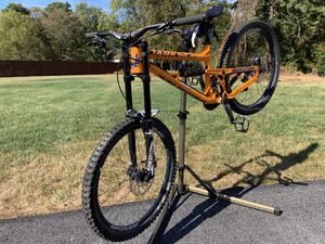 2018 Banshee Darkside medium downhill bike for Sale in Lake Shore, MD