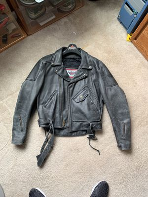 FIRSTGEAR Motorcycle Jacket - Leather - LARGE for Sale in Beaverton, OR