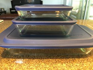 Pyrex set - 3 pans with lids! Barely used! for Sale in Camas, WA