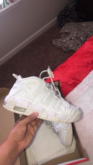 Nike air more uptempo size 7 for Sale in Smyrna, TN